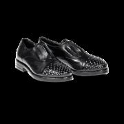 zapato con puntera de tachas 2