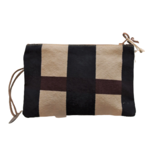 Travel_Pouch_lines_1